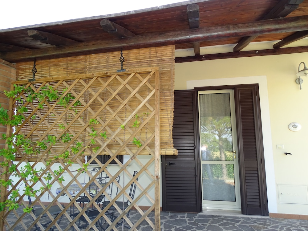테라 데이 산티 컨트리 하우스(Terra dei Santi Country House) Hotel Image 53 - Terrace/Patio