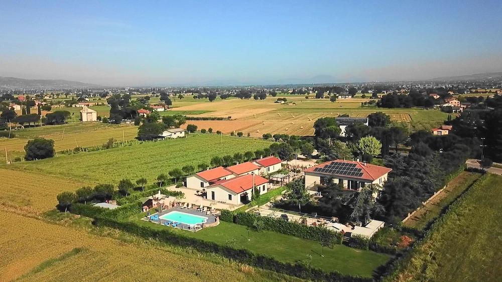 테라 데이 산티 컨트리 하우스(Terra dei Santi Country House) Hotel Image 0 - Featured Image