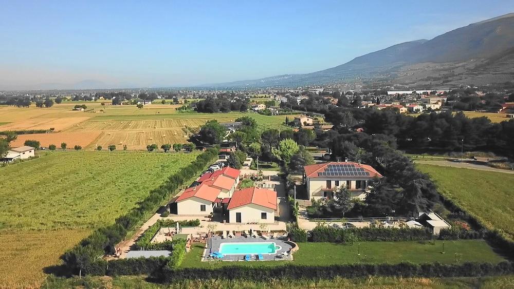 테라 데이 산티 컨트리 하우스(Terra dei Santi Country House) Hotel Image 105 - Aerial View