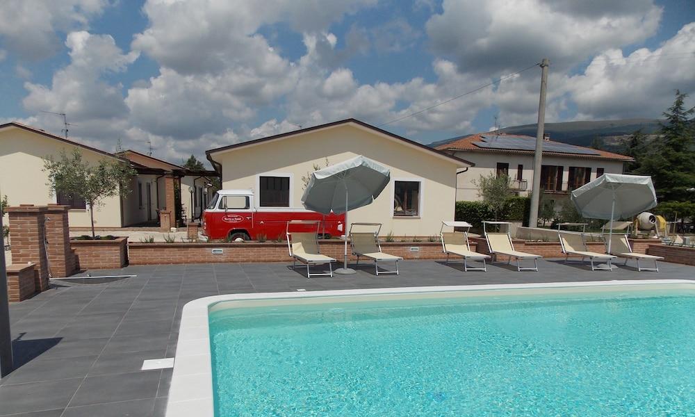 테라 데이 산티 컨트리 하우스(Terra dei Santi Country House) Hotel Image 84 - Courtyard