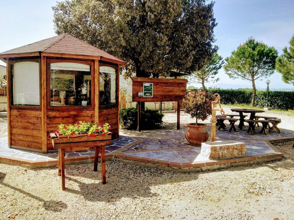 테라 데이 산티 컨트리 하우스(Terra dei Santi Country House) Hotel Image 5 - Reception