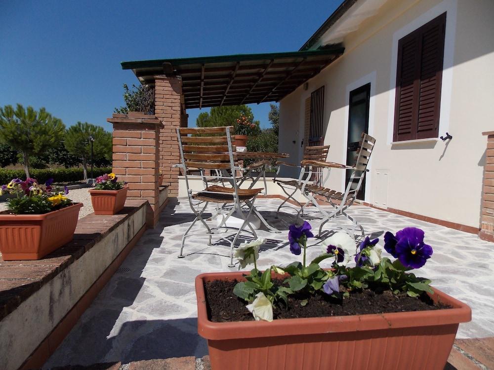 테라 데이 산티 컨트리 하우스(Terra dei Santi Country House) Hotel Image 78 - Dining