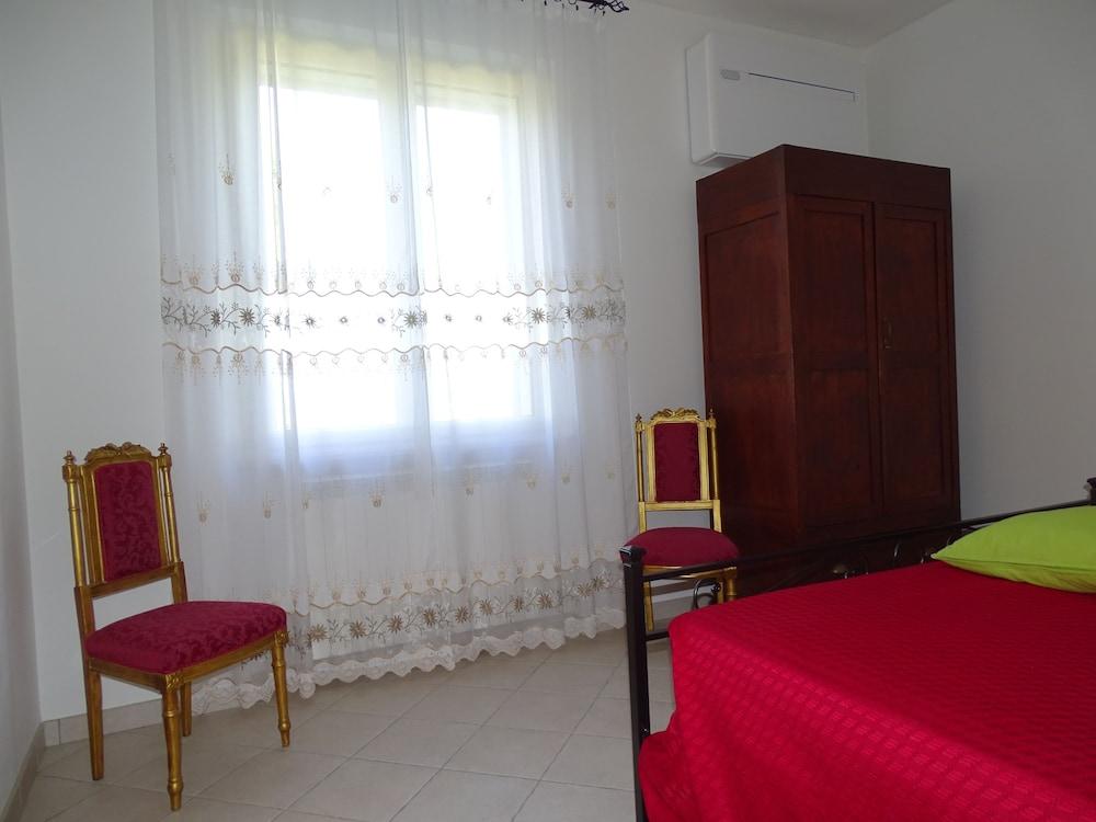 테라 데이 산티 컨트리 하우스(Terra dei Santi Country House) Hotel Image 22 - Guestroom