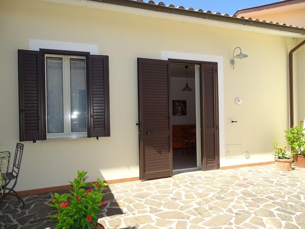 테라 데이 산티 컨트리 하우스(Terra dei Santi Country House) Hotel Image 58 - Terrace/Patio