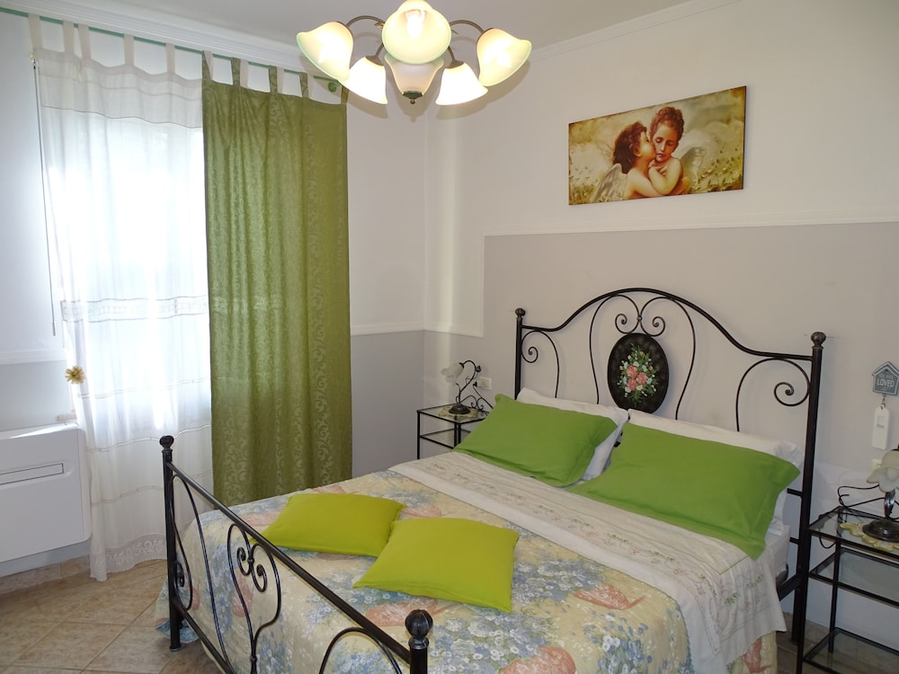 테라 데이 산티 컨트리 하우스(Terra dei Santi Country House) Hotel Image 11 - Guestroom