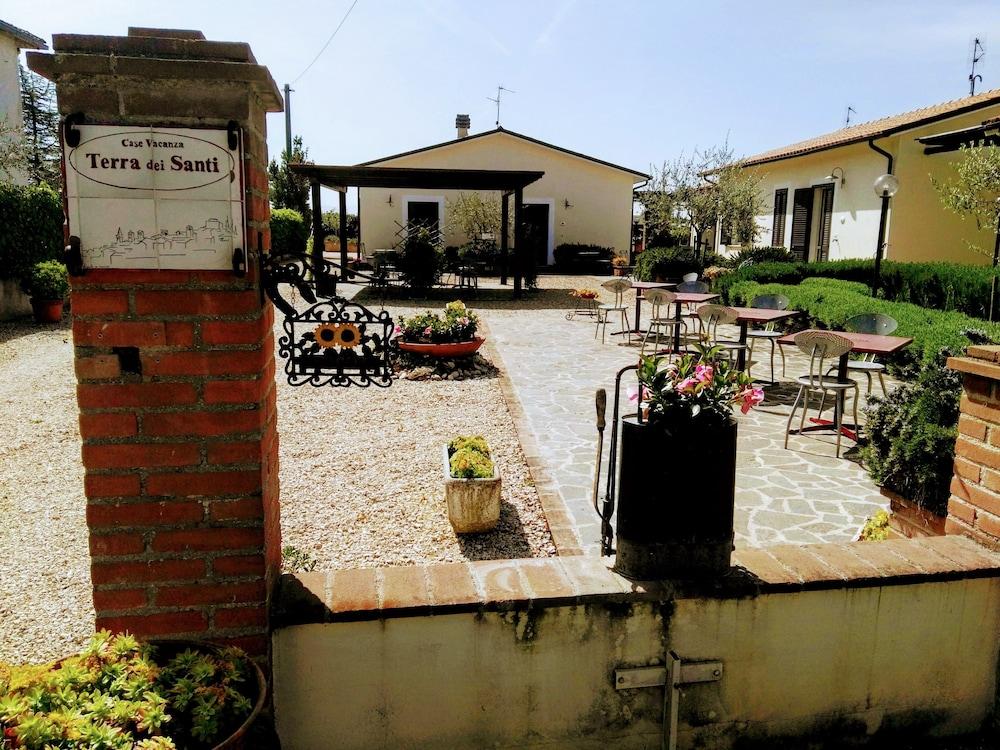 테라 데이 산티 컨트리 하우스(Terra dei Santi Country House) Hotel Image 69 - Interior Entrance