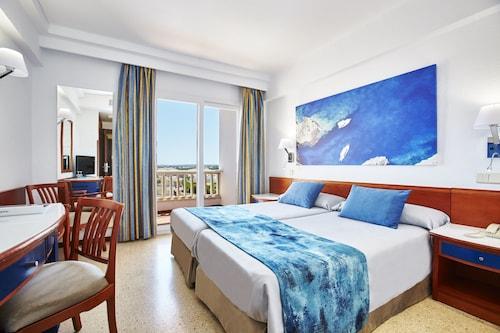 Universal Hotel Romantica, Baleares