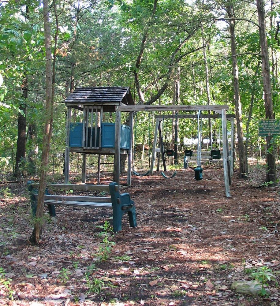빌리지 앳 인디안 포인트(The Village At Indian Point) Hotel Image 48 - Childrens Play Area - Outdoor