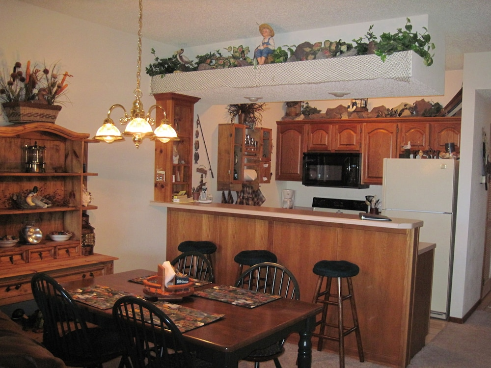 빌리지 앳 인디안 포인트(The Village At Indian Point) Hotel Image 15 - In-Room Kitchen