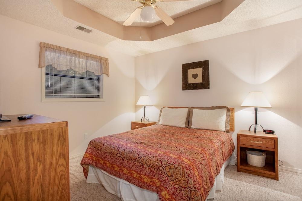 빌리지 앳 인디안 포인트(The Village At Indian Point) Hotel Image 13 - Guestroom