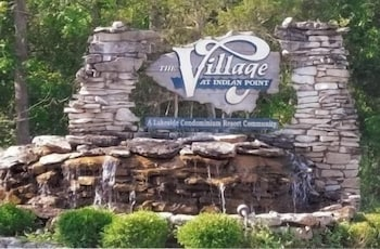 빌리지 앳 인디안 포인트(The Village At Indian Point) Hotel Image 52 - Hotel Entrance