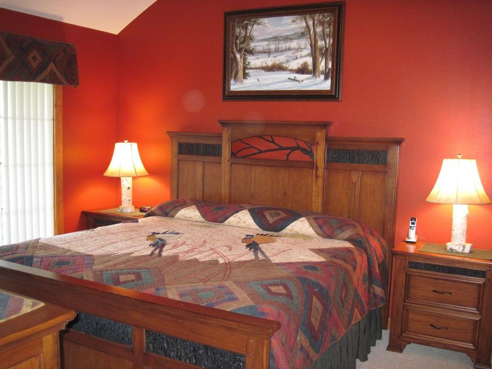 빌리지 앳 인디안 포인트(The Village At Indian Point) Hotel Image 11 - Guestroom