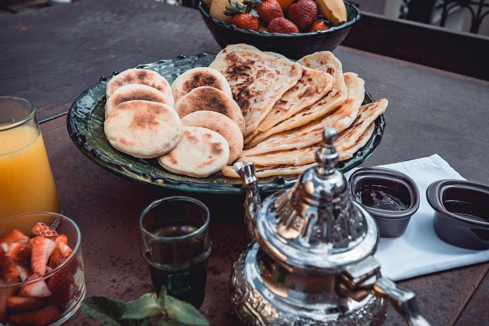 리야드 앰버 엣 에피시(Riad Ambre et Epices) Hotel Image 24 - Breakfast Area