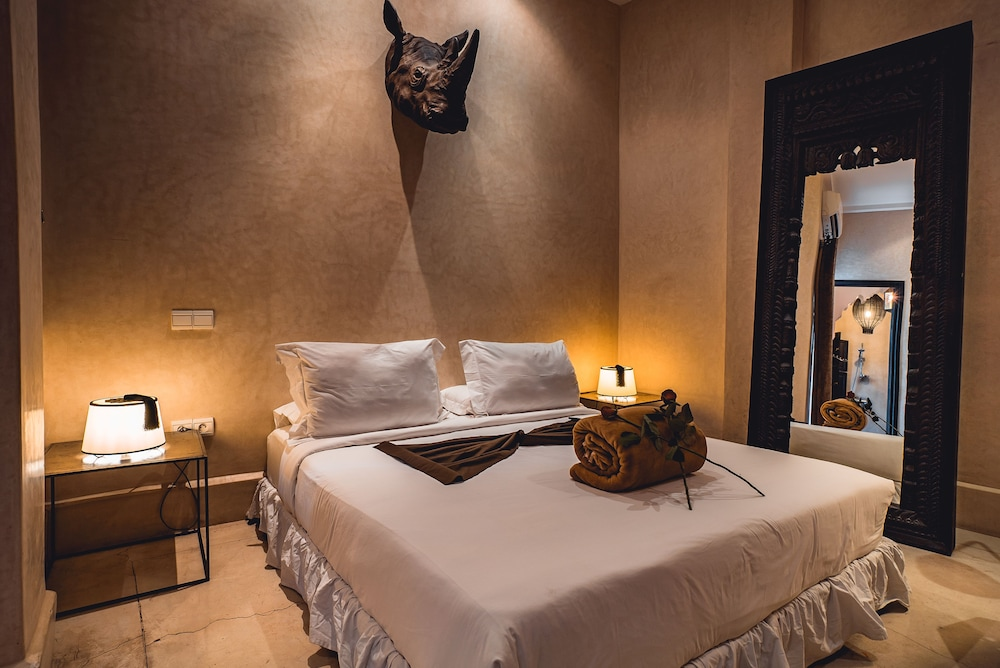 리야드 앰버 엣 에피시(Riad Ambre et Epices) Hotel Image 10 - Guestroom