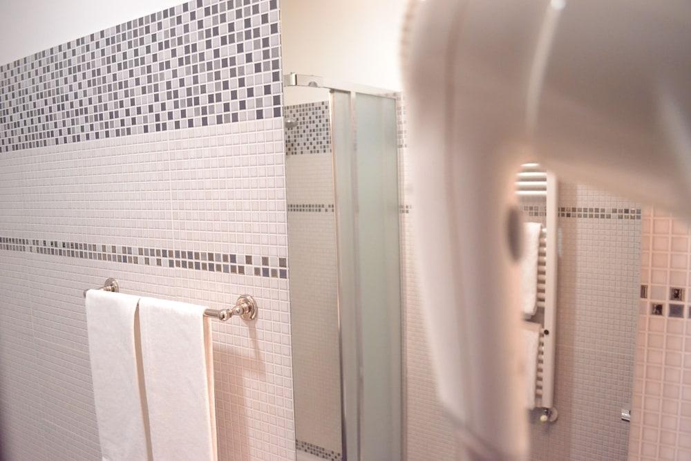 호텔 노틸러스(Hotel Nautilus) Hotel Image 18 - Bathroom
