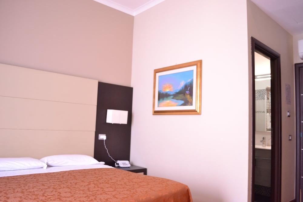 호텔 노틸러스(Hotel Nautilus) Hotel Image 2 - Guestroom