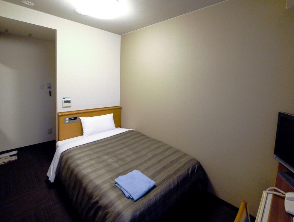 호텔 루트-인 나가이즈미 누마즈 인터 2(Hotel Route-Inn Nagaizumi Numazu Inter 2) Hotel Image 3 - Guestroom