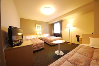 Triple Room, 3 Twin Beds, Smoking