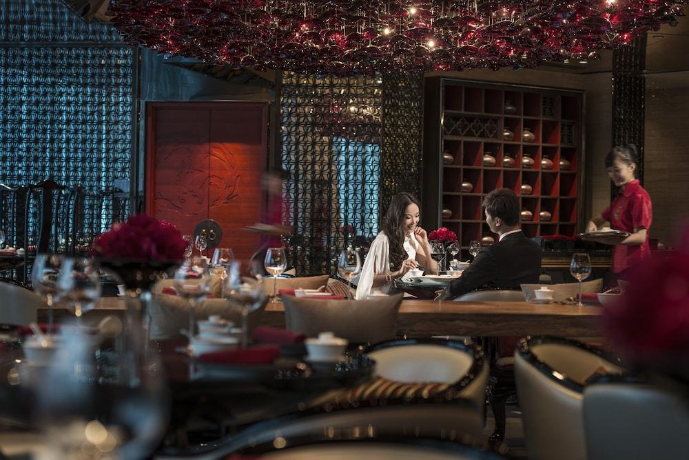 포시즌스 광저우(Four Seasons Guangzhou) Hotel Image 37 - Restaurant