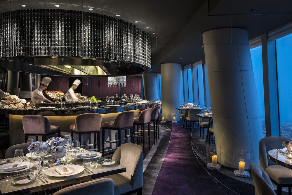 포시즌스 광저우(Four Seasons Guangzhou) Hotel Image 34 - Restaurant
