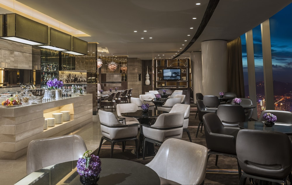 포시즌스 광저우(Four Seasons Guangzhou) Hotel Image 40 - Hotel Lounge