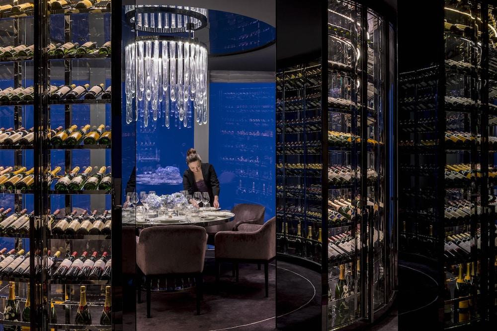 포시즌스 광저우(Four Seasons Guangzhou) Hotel Image 36 - Restaurant