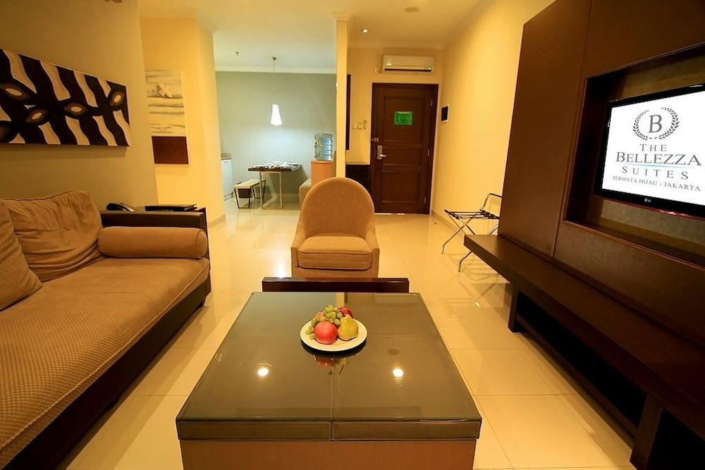 벨레자 스위트 자카르타(The Bellezza Suites Jakarta) Hotel Image 58 - Living Room