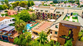 Hotel - Ambassador Plaza - All Inclusive