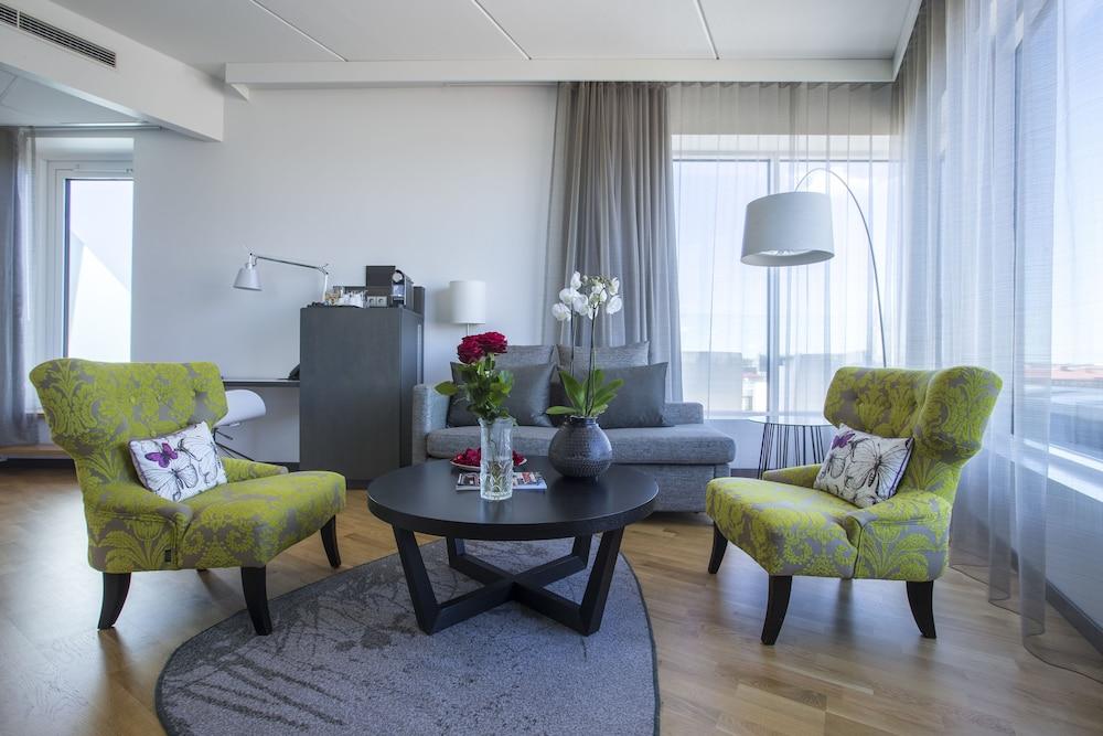 래디슨 블루 호텔 웁살라(Radisson Blu Hotel Uppsala) Hotel Image 14 - Living Area
