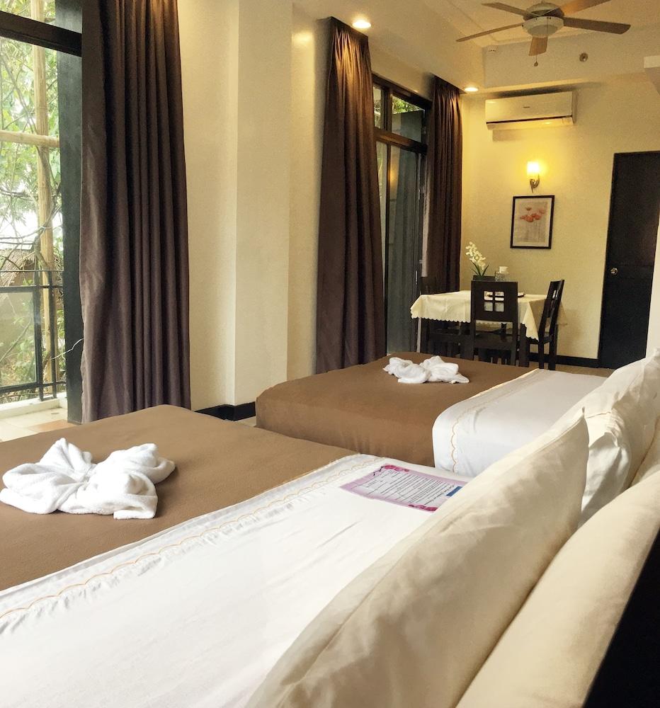 원 크레슨트 플레이스(One Crescent Place) Hotel Image 32 - Guestroom