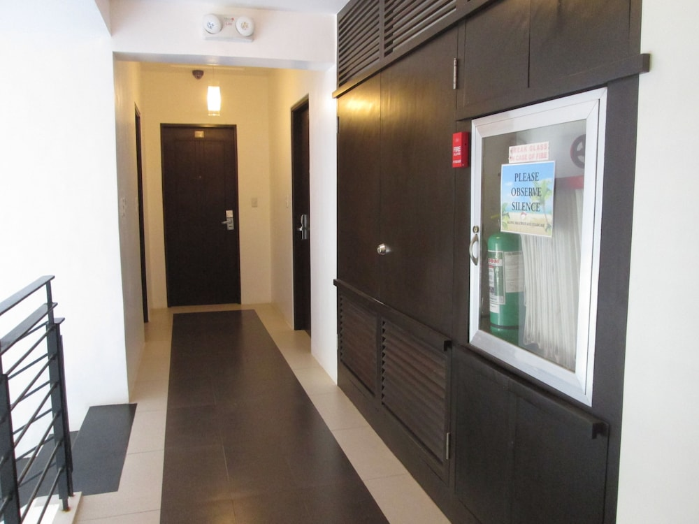 원 크레슨트 플레이스(One Crescent Place) Hotel Image 53 - Hallway