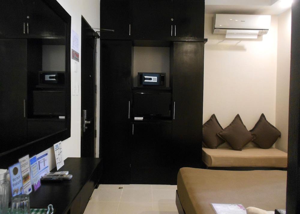 원 크레슨트 플레이스(One Crescent Place) Hotel Image 38 - Guestroom