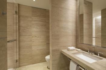Imperial Oceanfront Suite, 1 Bedroom