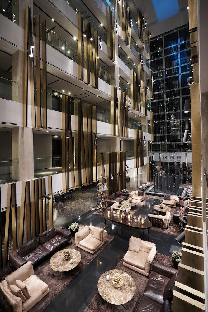 더 캔버스 호텔 두바이 엠갤러리 바이 소피텔(The Canvas Hotel Dubai MGallery By Sofitel) Hotel Image 2 - Lobby Sitting Area
