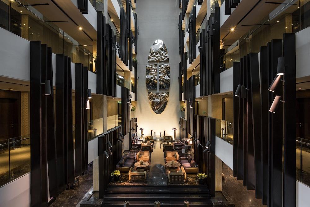 더 캔버스 호텔 두바이 엠갤러리 바이 소피텔(The Canvas Hotel Dubai MGallery By Sofitel) Hotel Image 5 - Reception