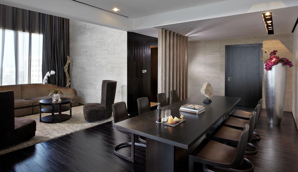 더 캔버스 호텔 두바이 엠갤러리 바이 소피텔(The Canvas Hotel Dubai MGallery By Sofitel) Hotel Image 13 - Guestroom