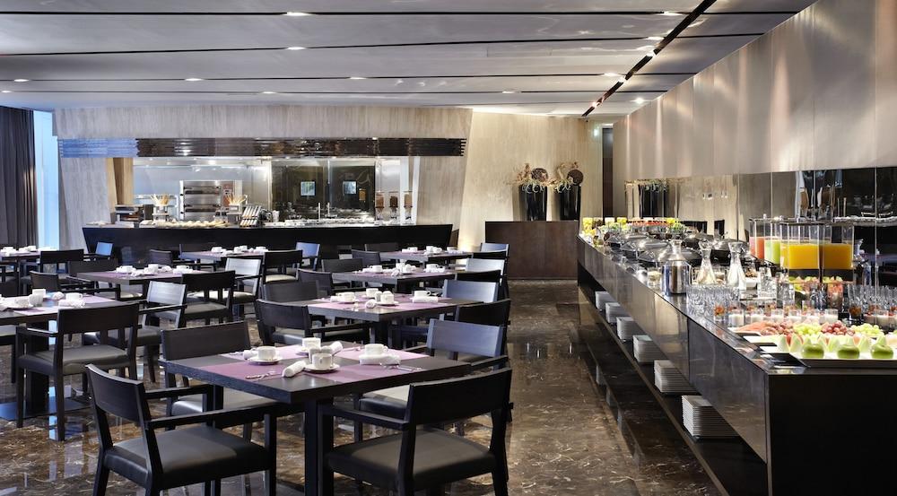 더 캔버스 호텔 두바이 엠갤러리 바이 소피텔(The Canvas Hotel Dubai MGallery By Sofitel) Hotel Image 39 - Breakfast Area