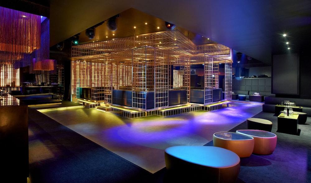 더 캔버스 호텔 두바이 엠갤러리 바이 소피텔(The Canvas Hotel Dubai MGallery By Sofitel) Hotel Image 57 - Hotel Lounge