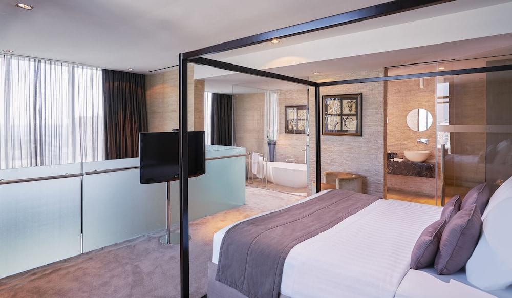 더 캔버스 호텔 두바이 엠갤러리 바이 소피텔(The Canvas Hotel Dubai MGallery By Sofitel) Hotel Image 21 - Guestroom View