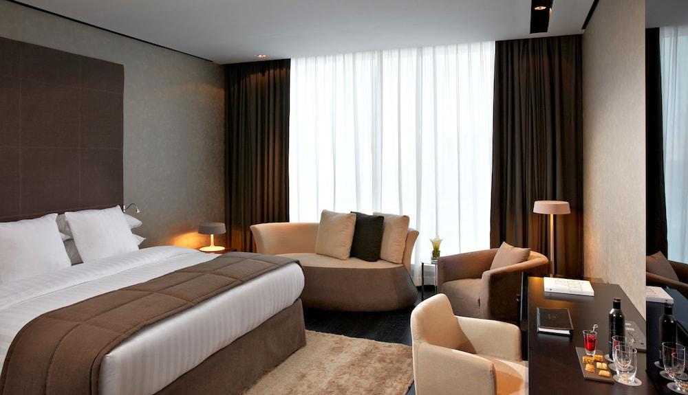 더 캔버스 호텔 두바이 엠갤러리 바이 소피텔(The Canvas Hotel Dubai MGallery By Sofitel) Hotel Image 17 - Guestroom