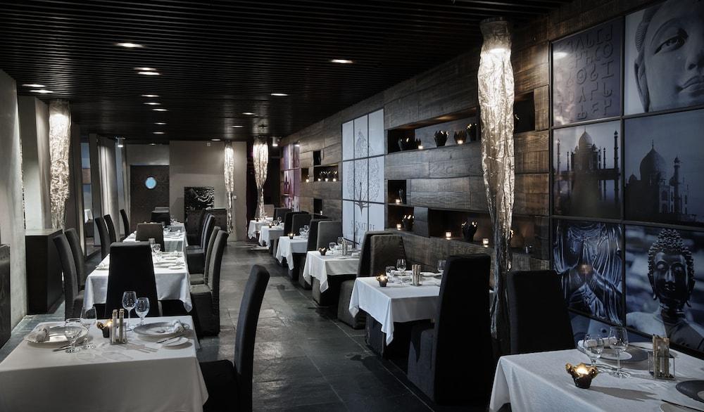 더 캔버스 호텔 두바이 엠갤러리 바이 소피텔(The Canvas Hotel Dubai MGallery By Sofitel) Hotel Image 44 - Restaurant
