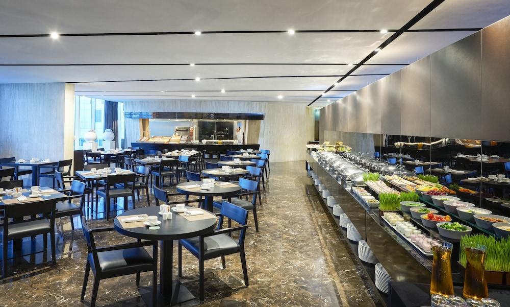 더 캔버스 호텔 두바이 엠갤러리 바이 소피텔(The Canvas Hotel Dubai MGallery By Sofitel) Hotel Image 51 - Breakfast buffet