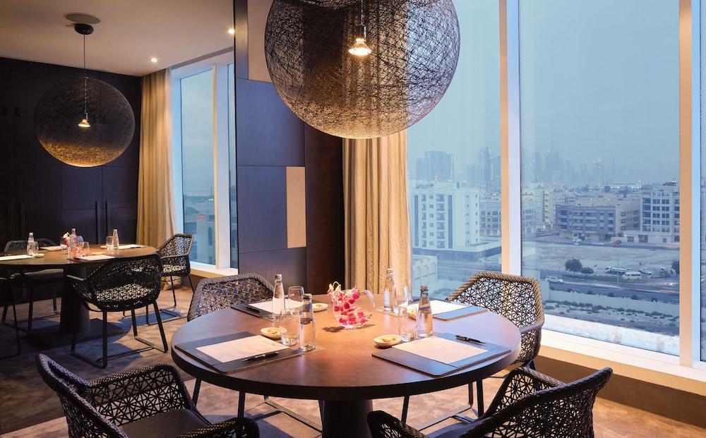 더 캔버스 호텔 두바이 엠갤러리 바이 소피텔(The Canvas Hotel Dubai MGallery By Sofitel) Hotel Image 36 - Property Amenity