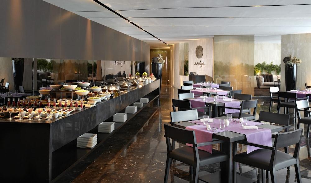 더 캔버스 호텔 두바이 엠갤러리 바이 소피텔(The Canvas Hotel Dubai MGallery By Sofitel) Hotel Image 47 - Buffet