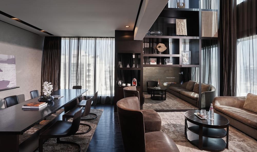 더 캔버스 호텔 두바이 엠갤러리 바이 소피텔(The Canvas Hotel Dubai MGallery By Sofitel) Hotel Image 22 - Guestroom View