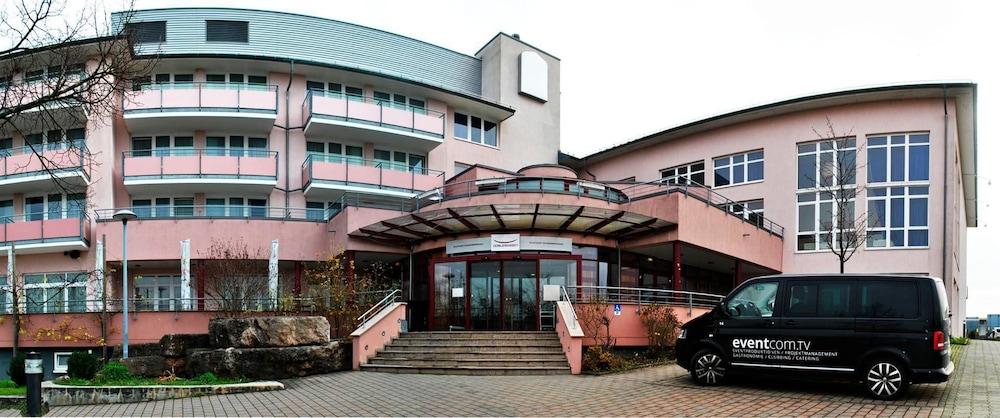베스트 웨스턴 로프트스타일 호텔 슈비브에어딩엔(Best Western loftstyle Hotel Schwieberdingen) Hotel Image 16 - Hotel Front