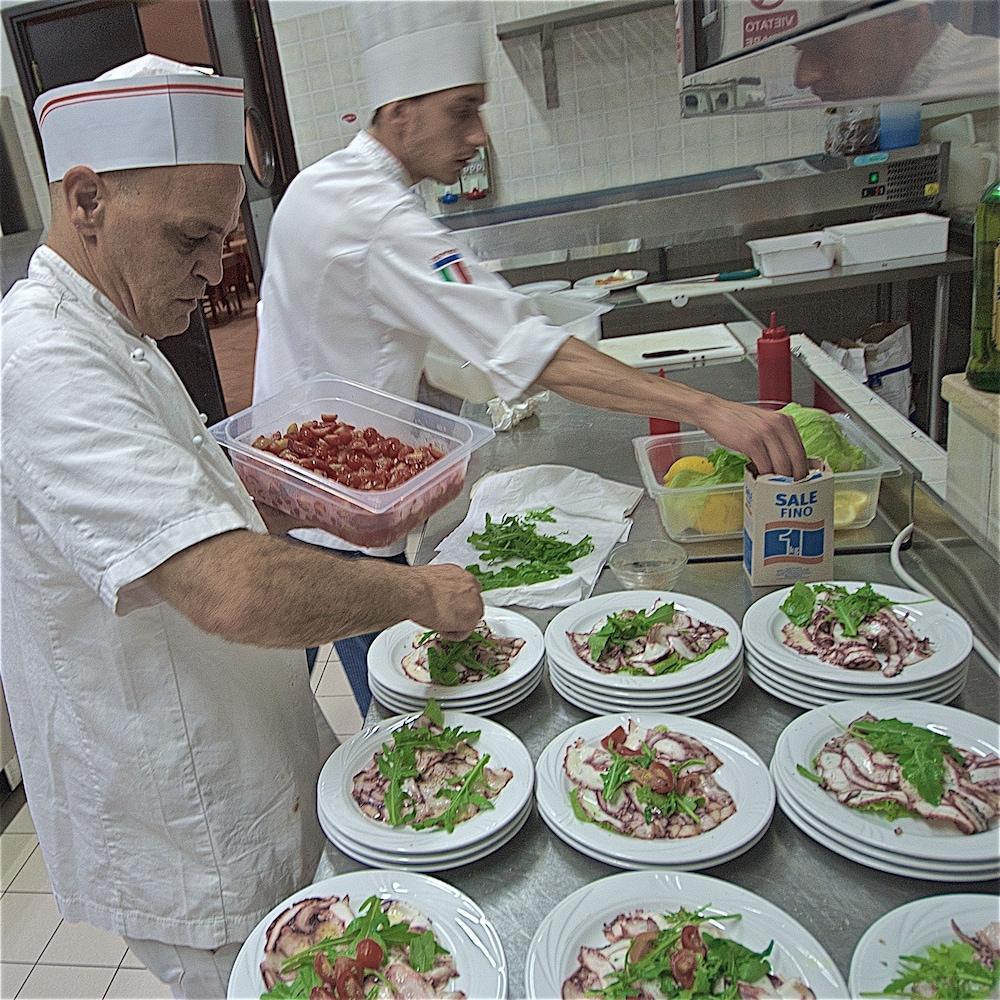호텔 마세리아 레 파야레(Hotel Masseria Resort Le Pajare) Hotel Image 131 - Food Court