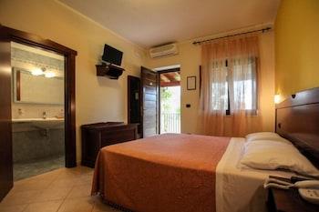 호텔 마세리아 레 파야레(Hotel Masseria Resort Le Pajare) Hotel Image 35 - Guestroom