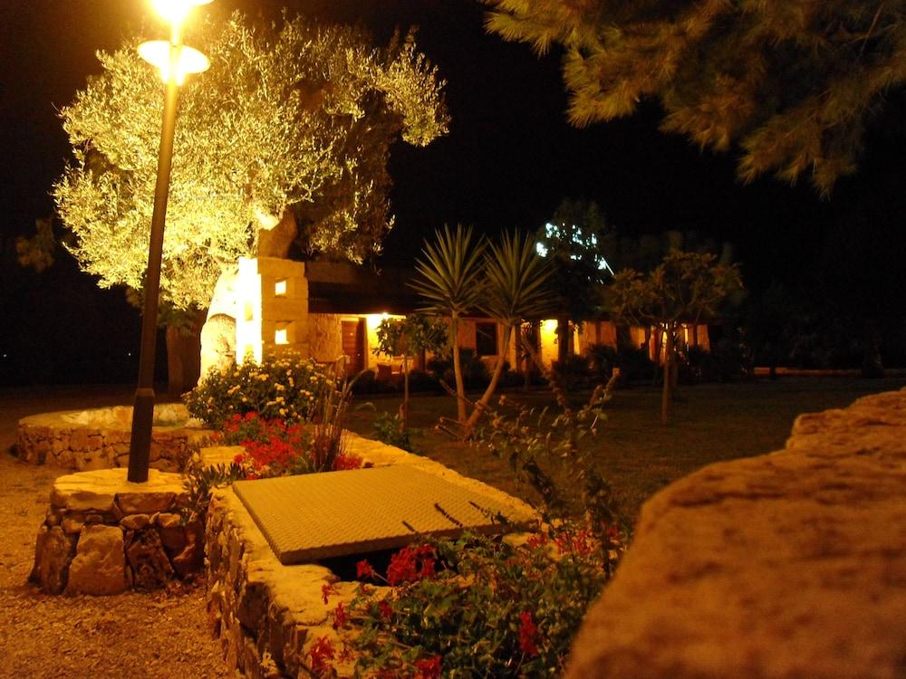호텔 마세리아 레 파야레(Hotel Masseria Resort Le Pajare) Hotel Image 167 - Exterior detail