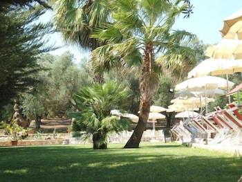 호텔 마세리아 레 파야레(Hotel Masseria Resort Le Pajare) Hotel Image 150 - Property Grounds